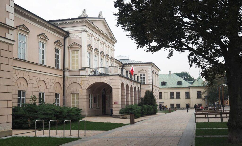 Zdjęcie Pałacu Lubomirskich w Lublinie, siedziby Muzeum Ziem Wschodnich Dawnej Rzeczypospolitej.